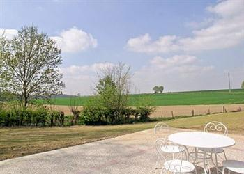 Ferme de Nobecourt, Roisel  in Picardie