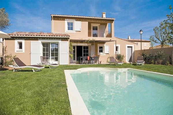 4 Bed Villas Domaine, Saint Saturnin les Apt, Provence With Swimming Pool