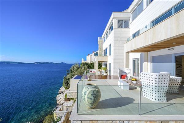 Adriatic Beach House in Općina Dubrovnik