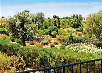 Apartment Apollo Heights AHA12, Aphrodite Hills, Cyprus With Swimming Pool
