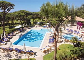 Apartment Pine Cliffs Golf Suite Deluxe II in Portugal