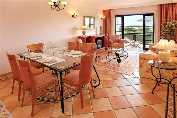 Apartment Pine Cliffs Golf Suite Penthouse from James Villas