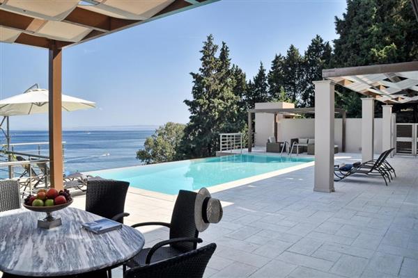 Calliope Estate in Ionian Islands