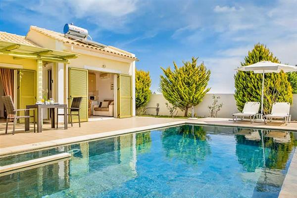 Caretta Beach Villa in Kefalonia