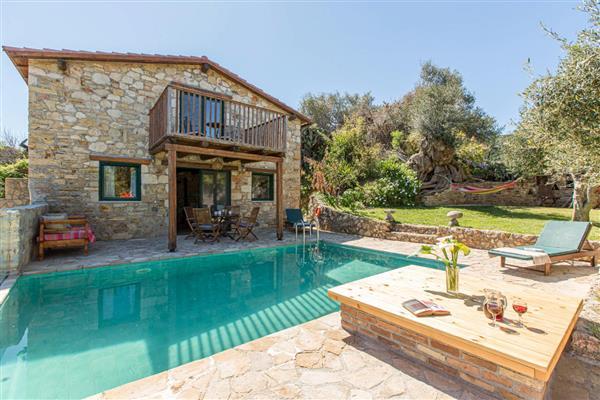 Carob Tree Cottage in Crete