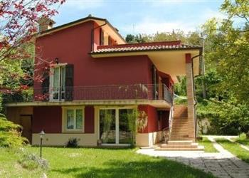 Casa Apecchio in Provincia di Pesaro e Urbino
