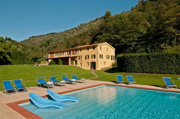 Casa Camaiore in Provincia di Lucca
