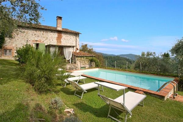 Casa Cinzia in Provincia di Lucca