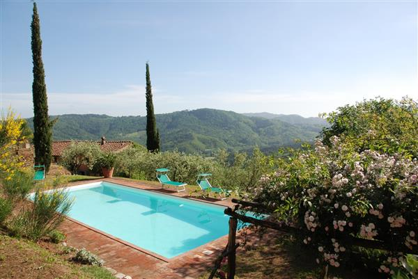 Casa Freddana in Provincia di Lucca