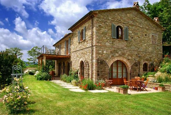 Casa Giardino in Provincia di Perugia
