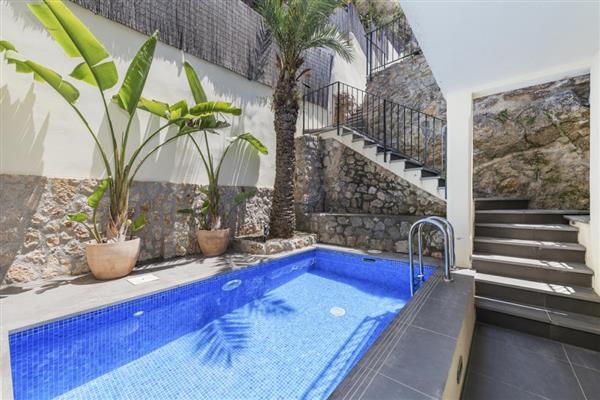 Casa Izaro in Illes Balears