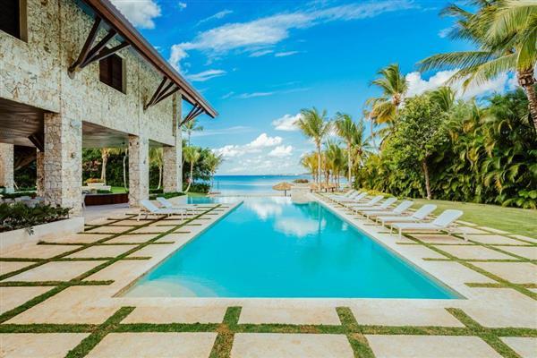 Casa Vega, Caribbean
