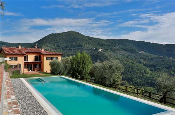Casa d'Estate in Provincia di Lucca