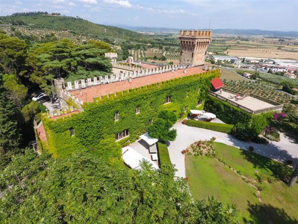 Castle Mago in Provincia di Livorno