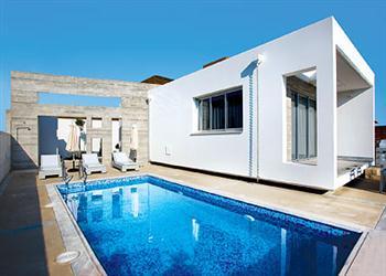 Cerulean in Cyprus
