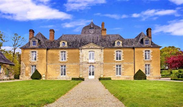 Chateau De Choisel from Oliver's Travels