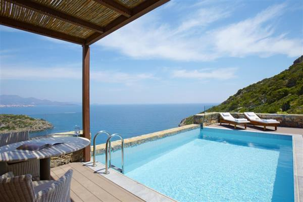 Daios Three Bedroomed Family Villa in Crete