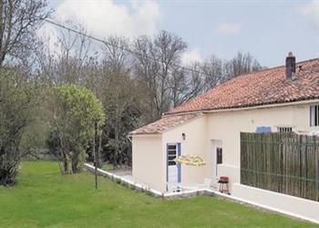 Dampierre-sur-Boutonne in Poitou-Charentes