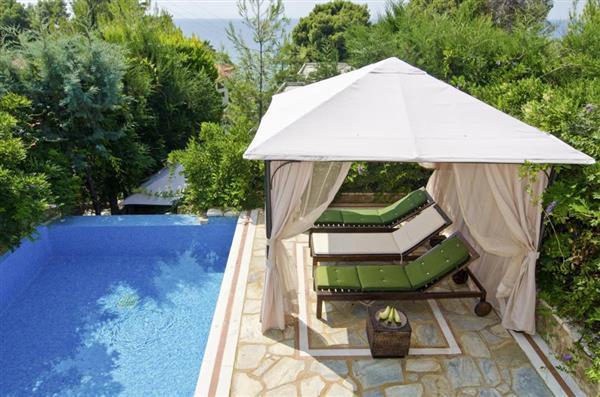 Dewberry Villa in