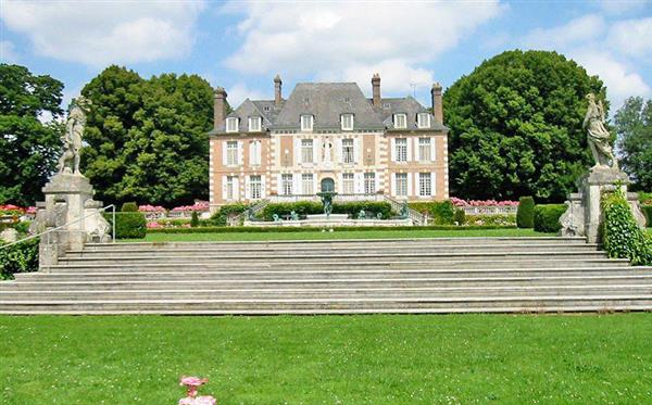 Domaine Du Pont: Entire Estate, Normandy - France