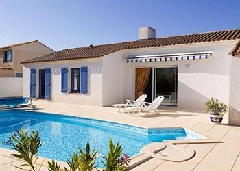 Domaine de Vertmarines Villas Bijoux from Cottages 4 You