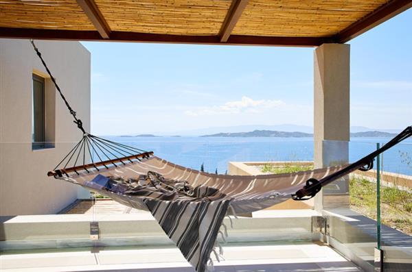 Eagles Villa Residential 2 Bedroom Pool Villa in Central Macedonia