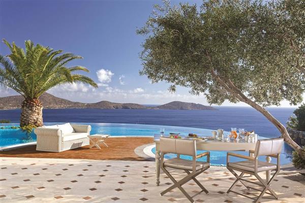 Elounda Gulf - Presidential Spa Pool Villa in Crete