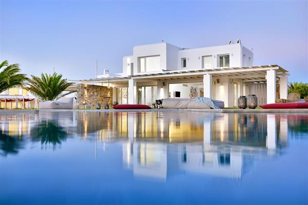 Emerald Estate in Southern Aegean