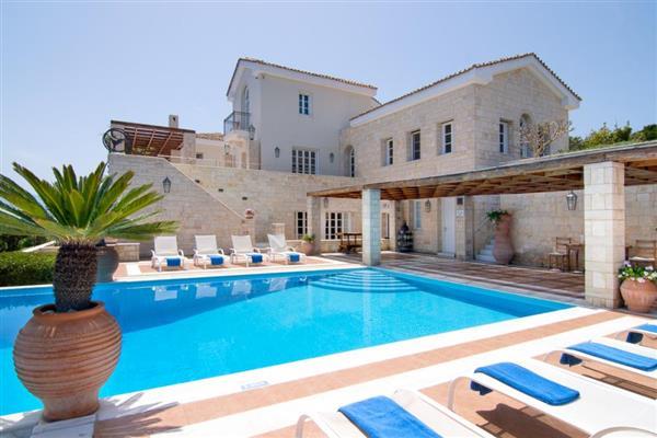 Exi Estate in Crete