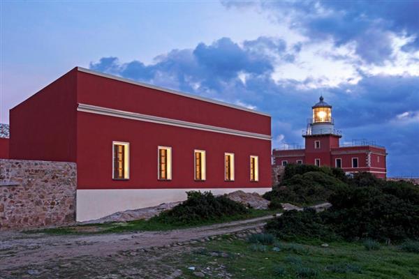 Faro Rosso Estate in Provincia di Cagliari