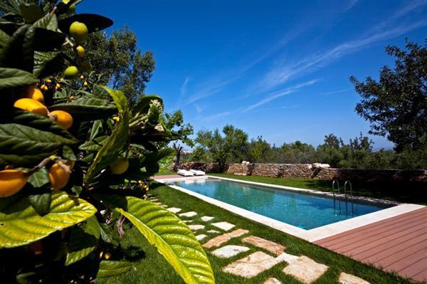 Gavalohori Estate in Crete