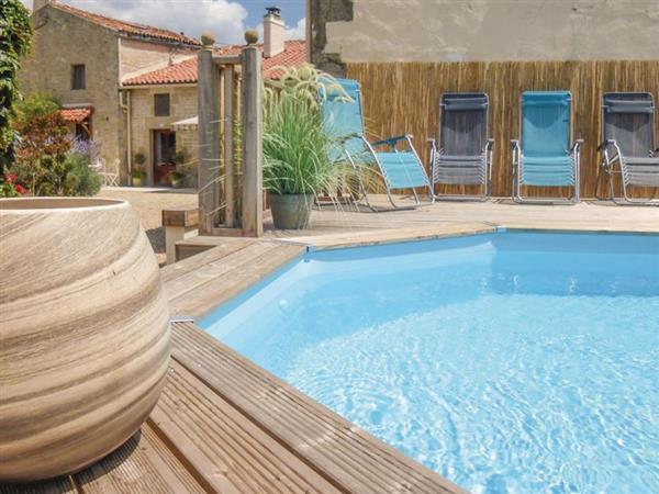 Gites de Jardin - Maison Fleurie in Charente-Maritime