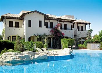 Helios Heights AC01, Aphrodite Hills, Cyprus With Swimming Pool