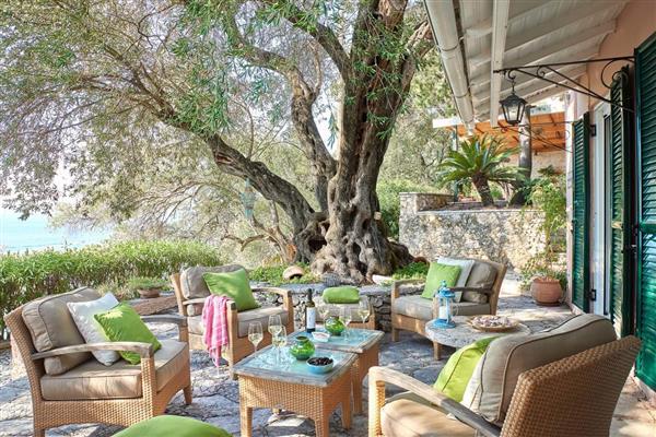 Kaminaki House in Ionian Islands