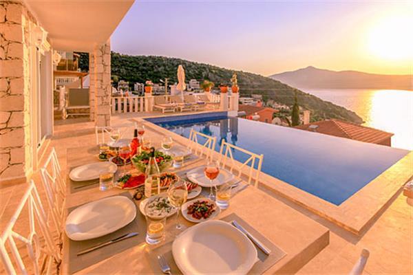 Ketchy Villa in Turkey