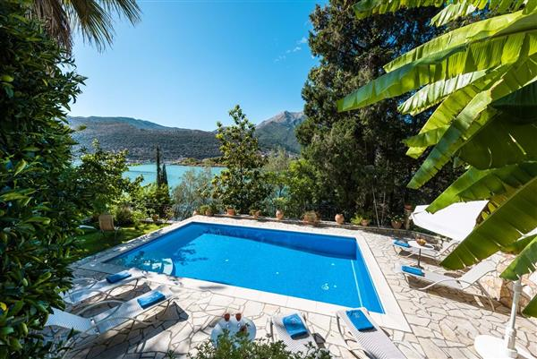 Kingfisher House in Ionian Islands