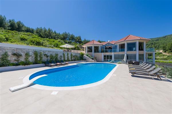 Korcula Beach Villa in Općina Blato