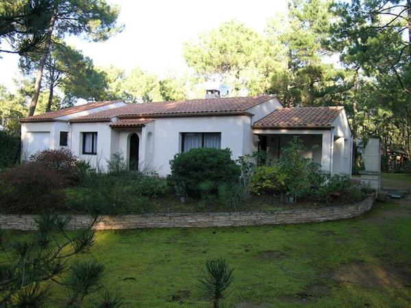 Le Cottage du Jardin from Cottages 4 You