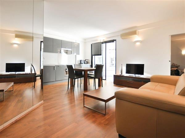 Les Appartements Carre dOr - Carre dOr 2 from Cottages 4 You
