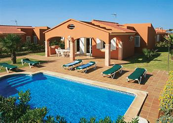 Lila in Menorca