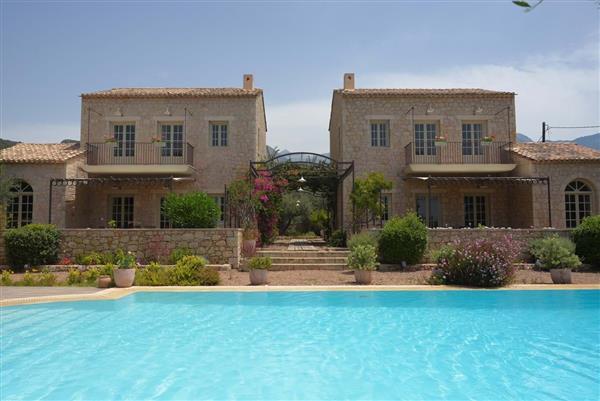 Liodentra Villas Thio in Peloponnese Region