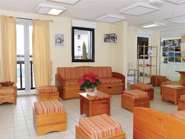 L'Appartement de la Colline 1 from Cottages 4 You