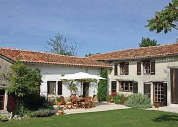 Maison Nanteuil from Cottages 4 You