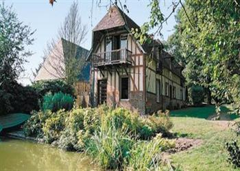 Maison du Lac, Beaumontel, Eure - France