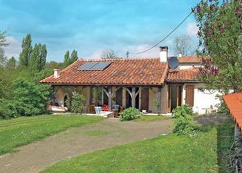 Montignac-le-Coq in Charente
