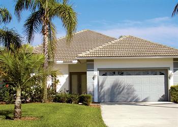 Naples Villas III in Florida