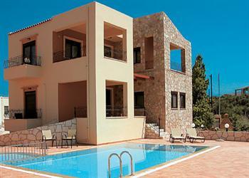Pasiphae I in Crete