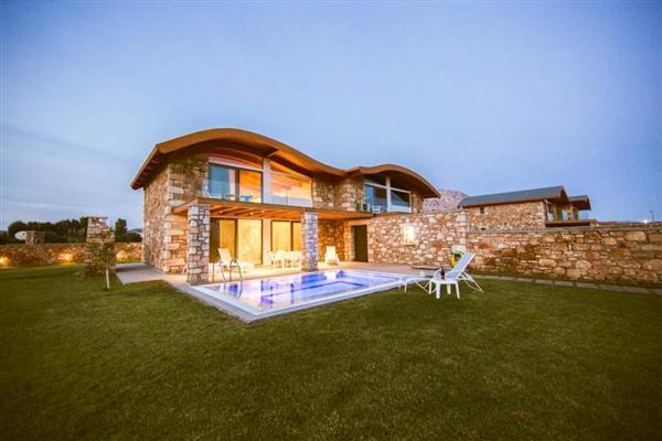 Pebble Villas in Southern Aegean