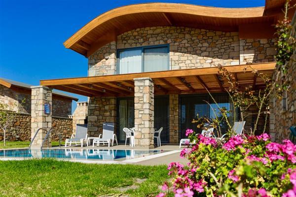 Pebblestone Villas in Southern Aegean