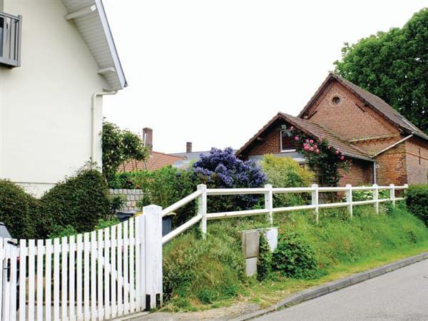 Petite Maison Fleurie in Seine-Maritime